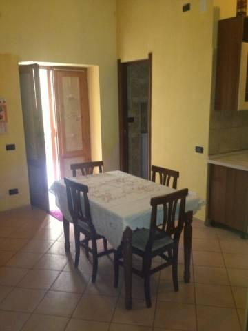 Appartamento in affitto a Mercato San Severino, 1 locali, prezzo € 300 | CambioCasa.it