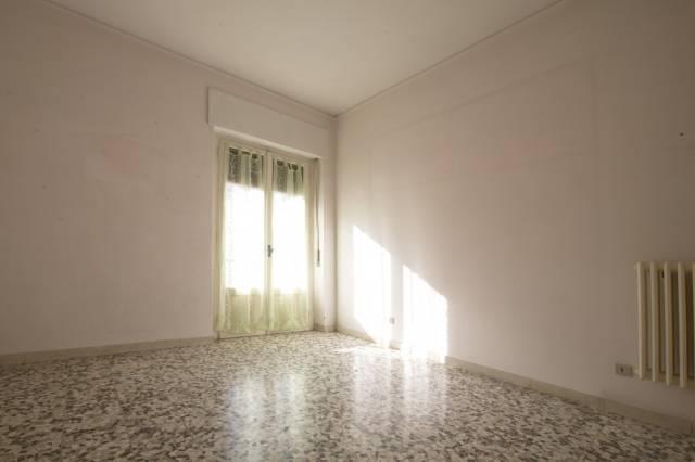 Appartamento in buone condizioni in vendita Rif. 6611187