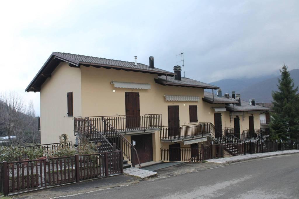 Appartamento in buone condizioni arredato in vendita Rif. 4318280