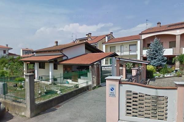 Villa a Schiera in vendita a Livorno Ferraris, 5 locali, prezzo € 70.000   CambioCasa.it