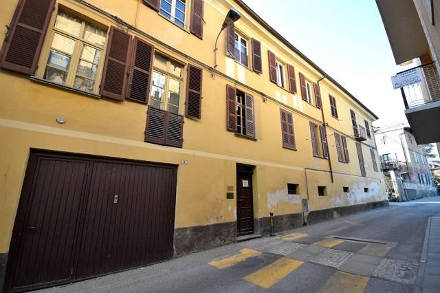 Appartamento da ristrutturare in vendita Rif. 4972650