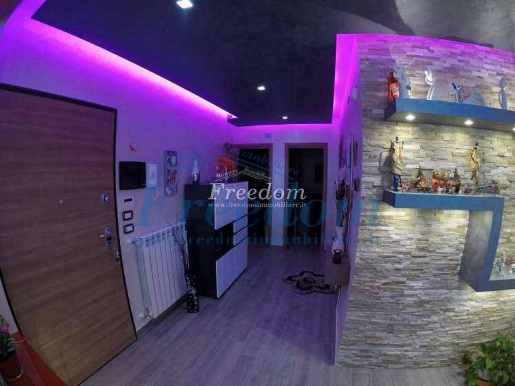 Appartamento in Vendita a Motta Sant'Anastasia Centro: 4 locali, 100 mq