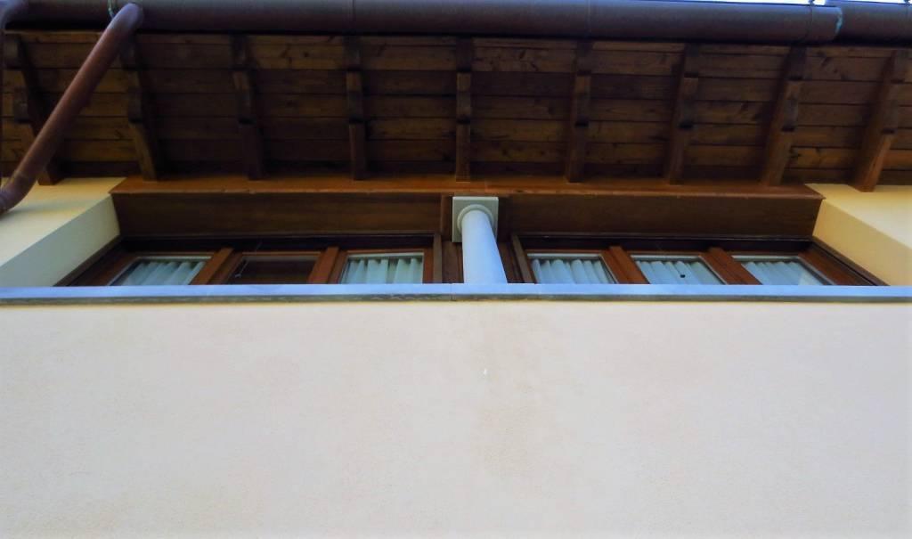 Appartamento in ottime condizioni arredato in affitto Rif. 9145969