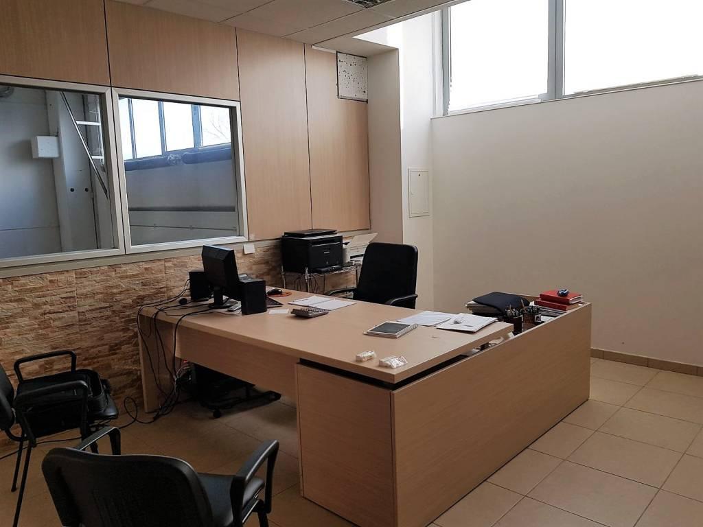 Montesilvano zona Industriale capannone Rif. 7861411