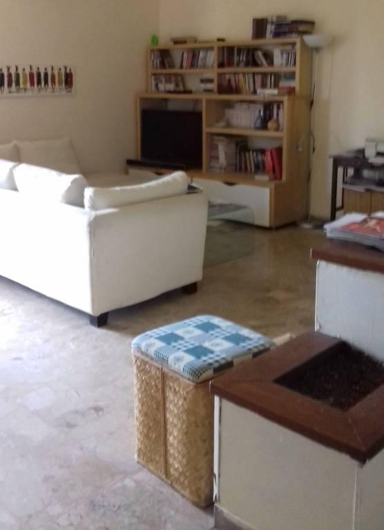 Appartamento in vendita a Gavi, 5 locali, prezzo € 100.000 | CambioCasa.it