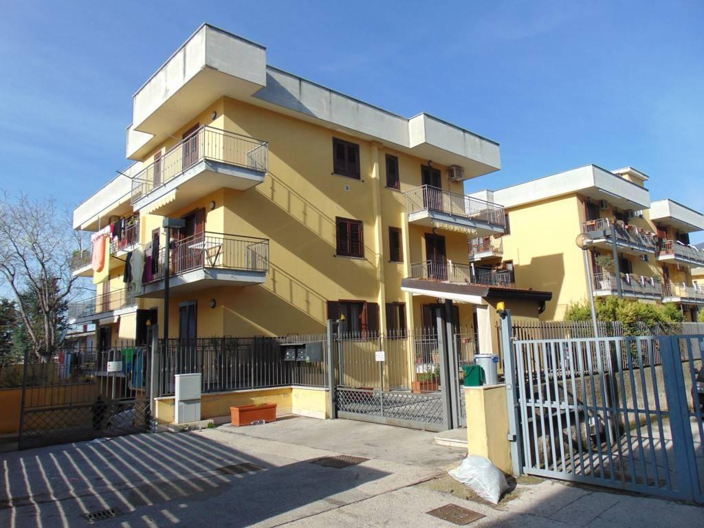 Appartamento in ottime condizioni in vendita Rif. 7473045