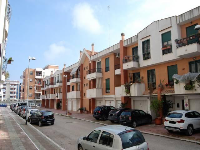Villetta a schiera in ottime condizioni in vendita Rif. 5001650