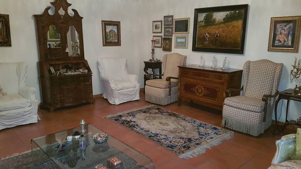 Appartamento in vendita a Monte Porzio Catone, 5 locali, prezzo € 350.000 | CambioCasa.it