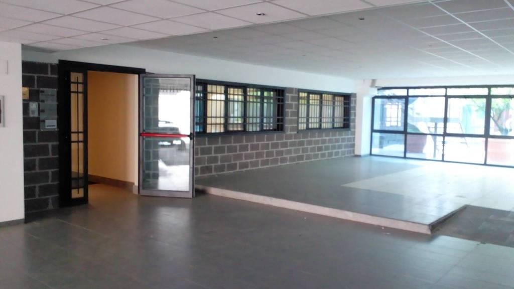 Ufficio / Studio in affitto a Formello, 5 locali, prezzo € 1.250   CambioCasa.it