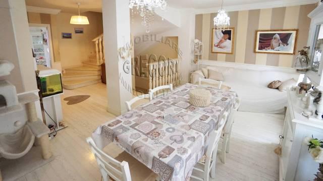Casa Indipendente in ottime condizioni parzialmente arredato in vendita Rif. 5022388