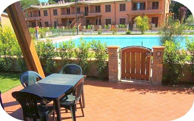 Appartamento in ottime condizioni arredato in affitto Rif. 4932513