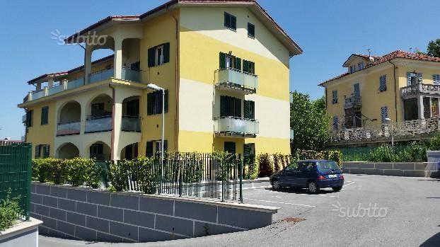 Foto 1 di Quadrilocale via Castellani, Carcare