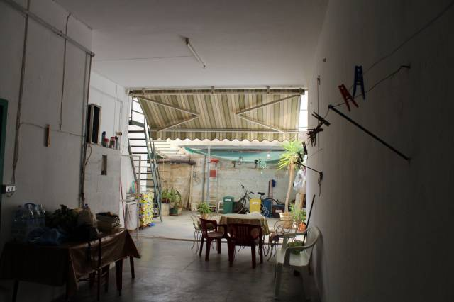 Appartamento in Vendita a Tuglie Centro: 5 locali, 130 mq