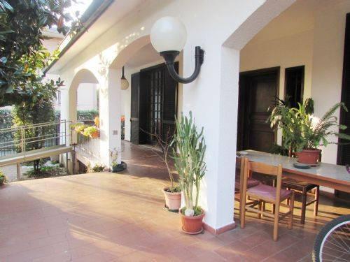 Villa in Vendita a Cinisello Balsamo