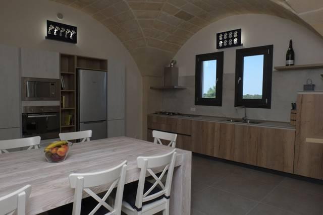 Villa in Vendita a Otranto: 5 locali, 130 mq