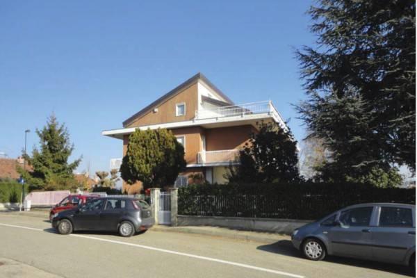 Appartamento in vendita a Chieri, 6 locali, prezzo € 155.000 | PortaleAgenzieImmobiliari.it