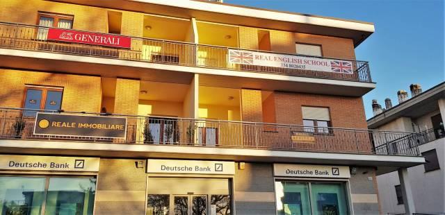 Ufficio trilocale in affitto a Viterbo (VT)