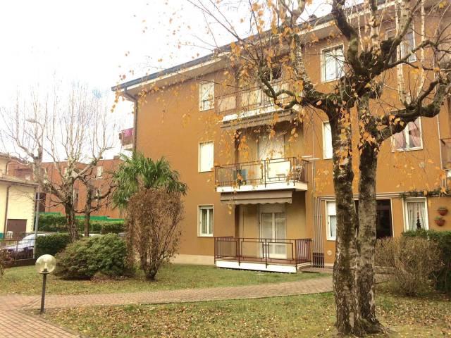 Appartamento in vendita a Lipomo, 3 locali, prezzo € 90.000 | CambioCasa.it
