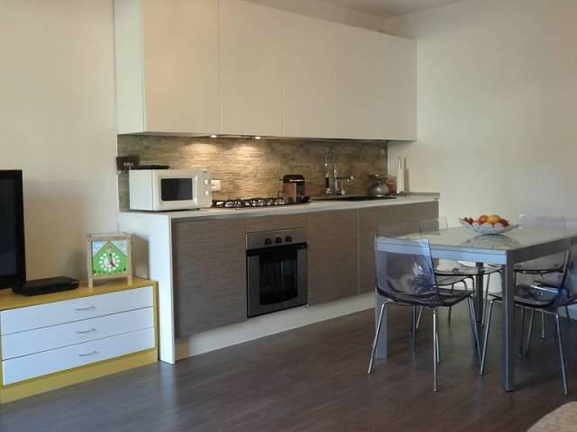 Appartamento in ottime condizioni in vendita Rif. 4296966