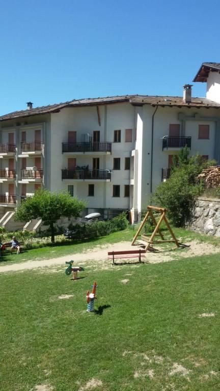 Appartamento in buone condizioni arredato in vendita Rif. 4968100