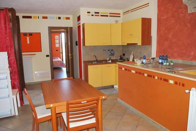 Appartamento in vendita a Neive, 3 locali, prezzo € 119.000 | CambioCasa.it