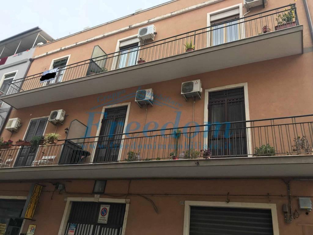 Appartamento in Vendita a Catania Centro: 3 locali, 95 mq