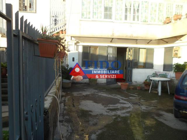 Appartamento in buone condizioni in vendita Rif. 6293306