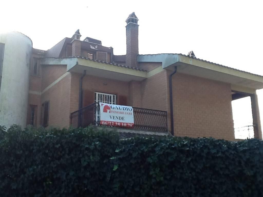 Appartamento in vendita a Roma, 2 locali, zona Zona: 31 . Giustiniana, Tomba di Nerone, Cassia, prezzo € 158.000 | CambioCasa.it