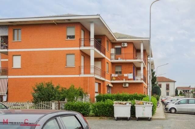 Appartamento in buone condizioni in affitto Rif. 4334500