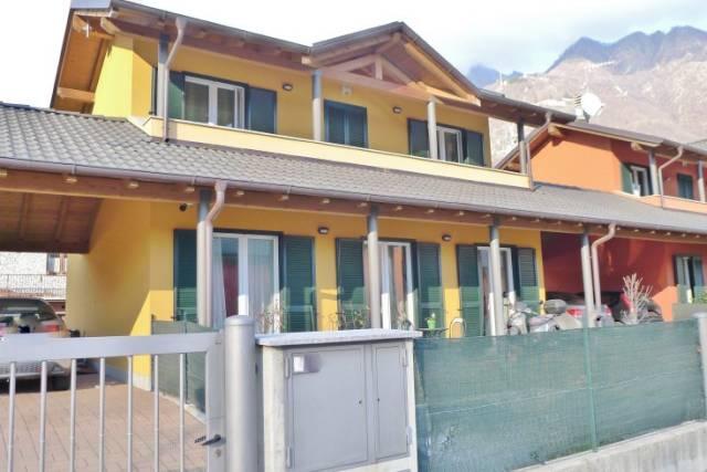 Villa in Vendita a Ornavasso Centro: 5 locali, 150 mq