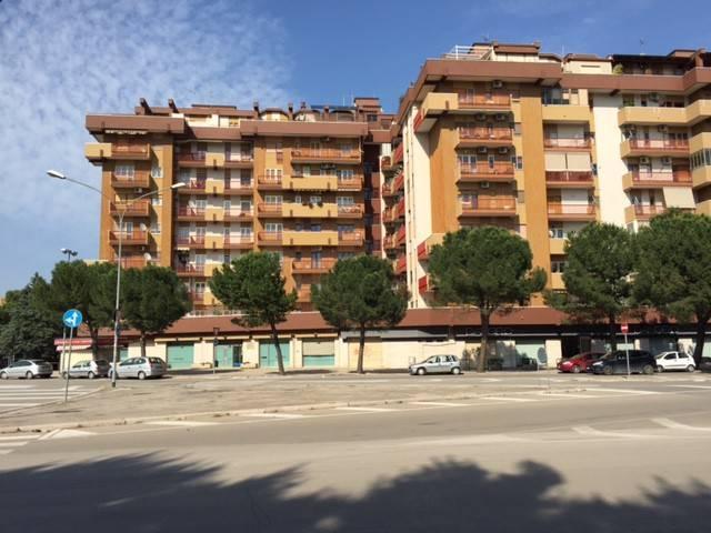 Appartamento in Vendita a Foggia Centro: 4 locali, 110 mq