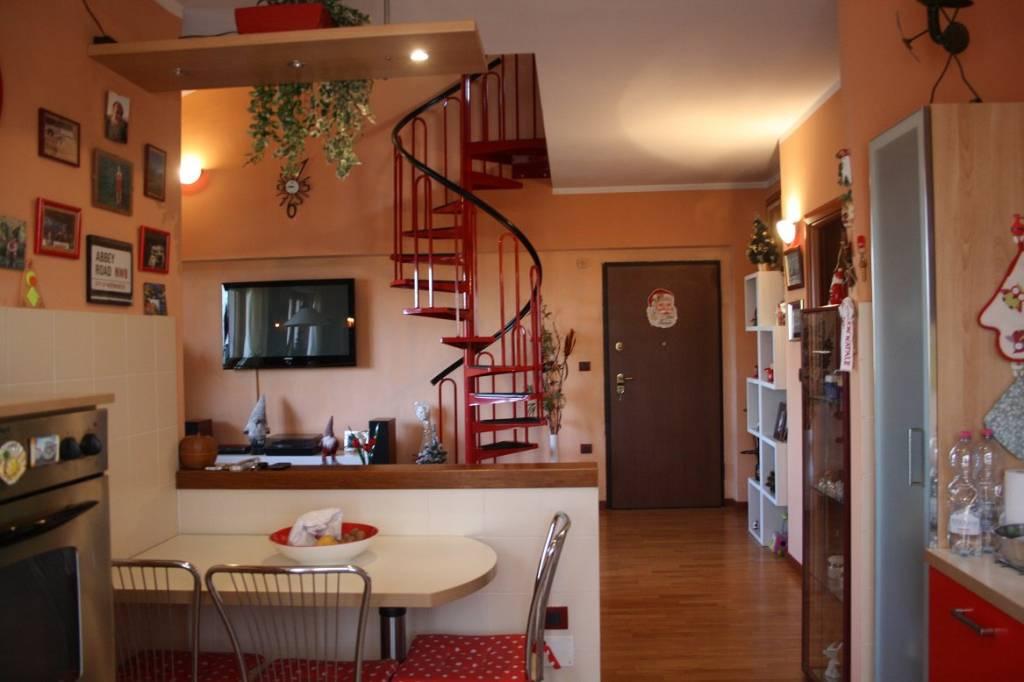 Appartamento in ottime condizioni in vendita Rif. 4811240