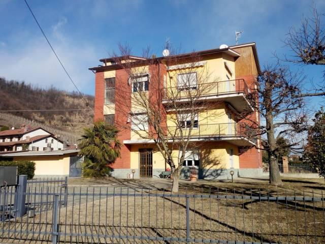 ampio appartamento in bifamigliare a 7 km da Alba