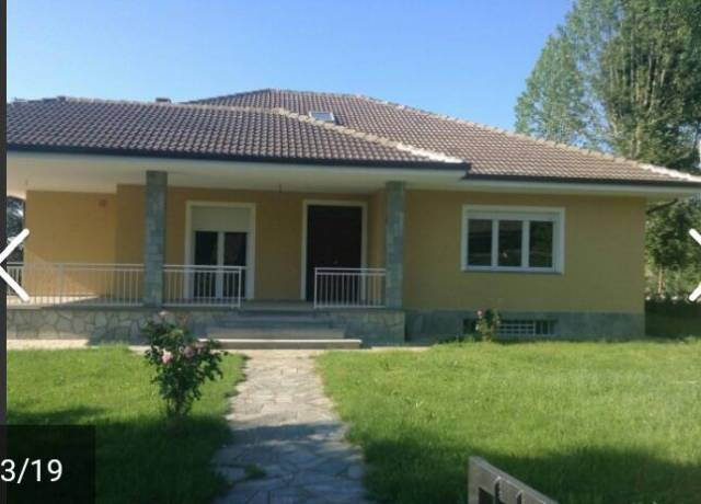 Villa in Vendita a Valfenera Centro: 5 locali, 350 mq
