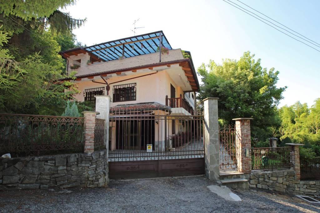 Foto 1 di Villa strada Valle Bergero, Castiglione Torinese