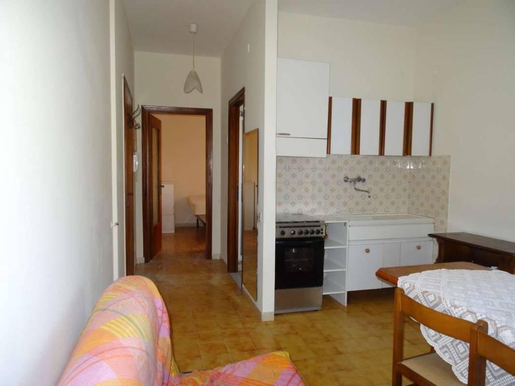 Appartamento in buone condizioni arredato in vendita Rif. 4256489