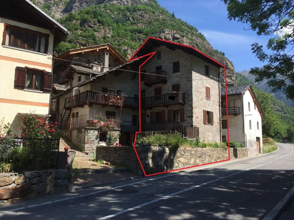 Palazzo / Stabile in vendita a Issime, 9999 locali, prezzo € 115.000 | CambioCasa.it