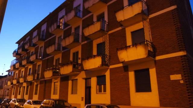 Appartamento in vendita a Vercelli, 3 locali, prezzo € 65.000 | CambioCasa.it