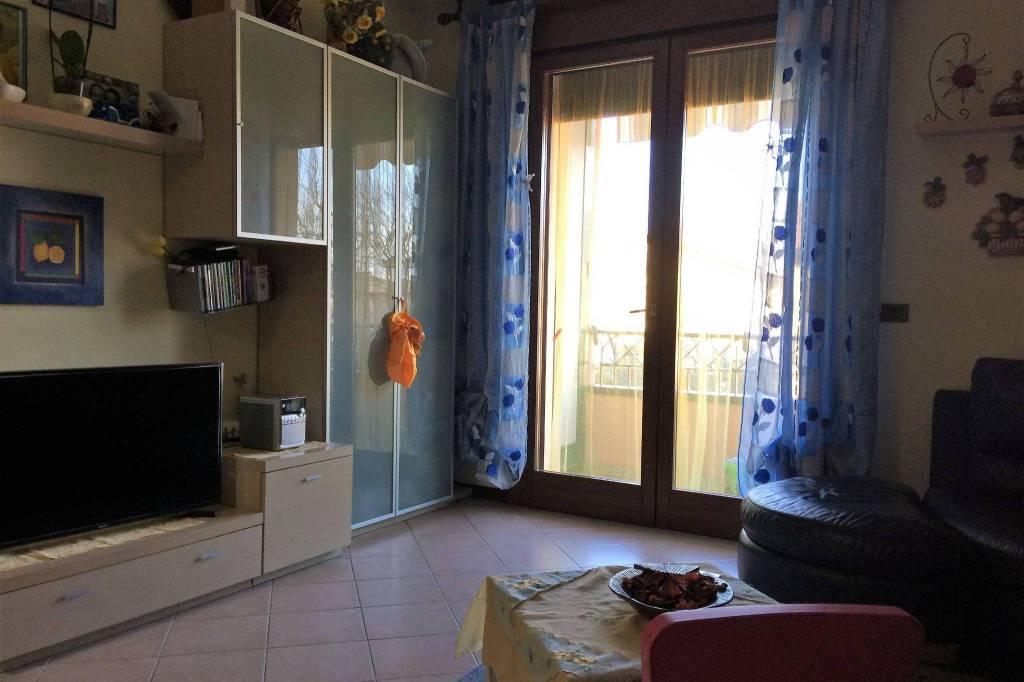 Appartamento in buone condizioni in vendita Rif. 5030261