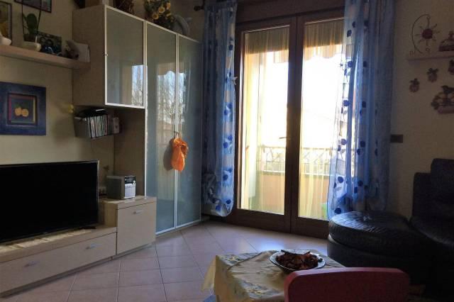 Appartamento con due camere in zona residenziale
