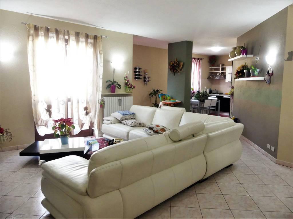 Appartamento in vendita a Cervasca, 4 locali, prezzo € 163.000 | CambioCasa.it