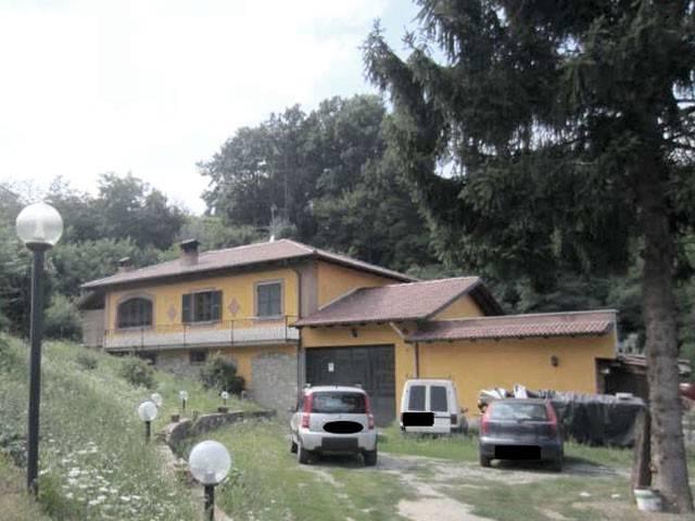 Villa in vendita a Acqui Terme, 6 locali, prezzo € 150.000 | CambioCasa.it