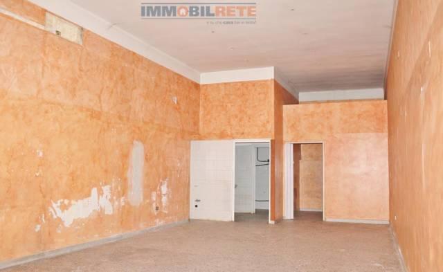 Attività commerciale in affitto Rif. 4911559