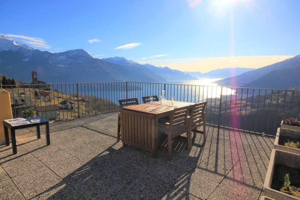 Appartamento in vendita a Gravedona ed Uniti, 4 locali, prezzo € 225.000 | PortaleAgenzieImmobiliari.it