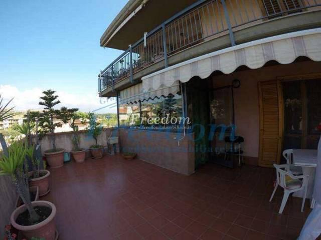 Appartamento in Vendita a Aci Catena Centro: 4 locali, 130 mq