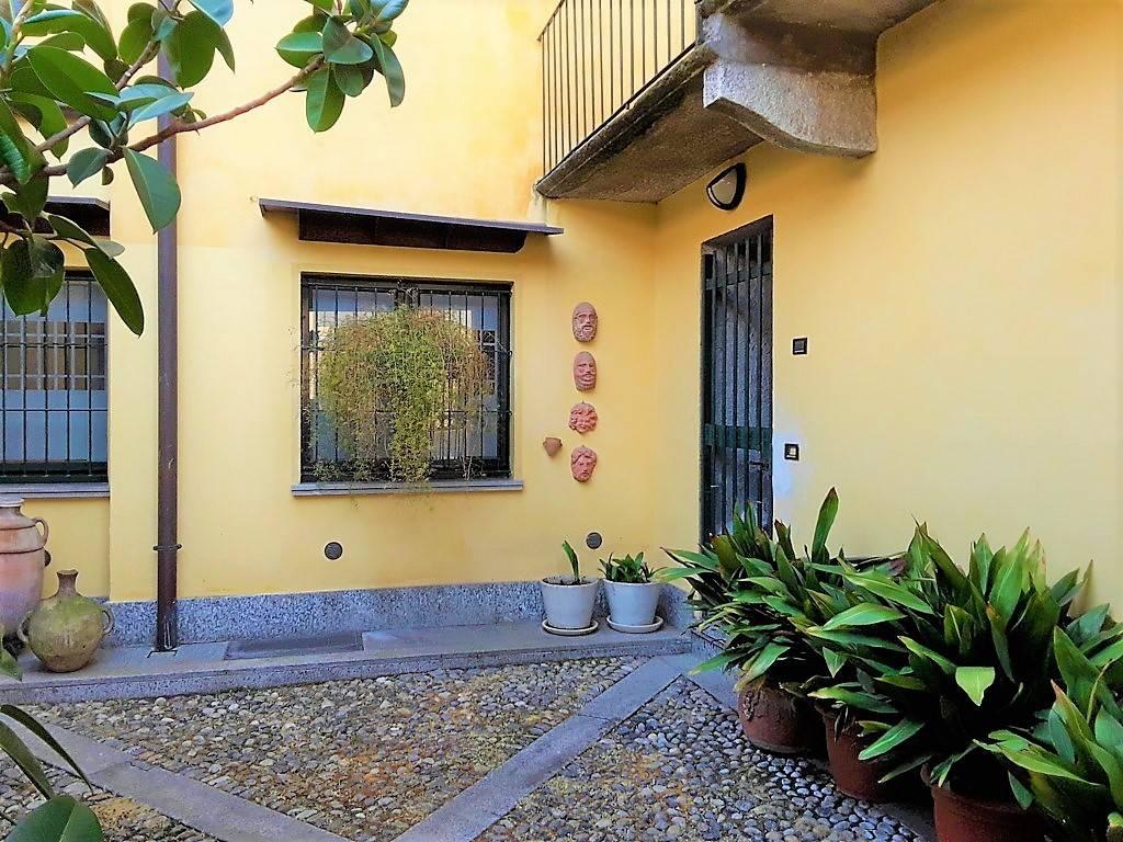 Appartamento in ottime condizioni in affitto Rif. 7655372