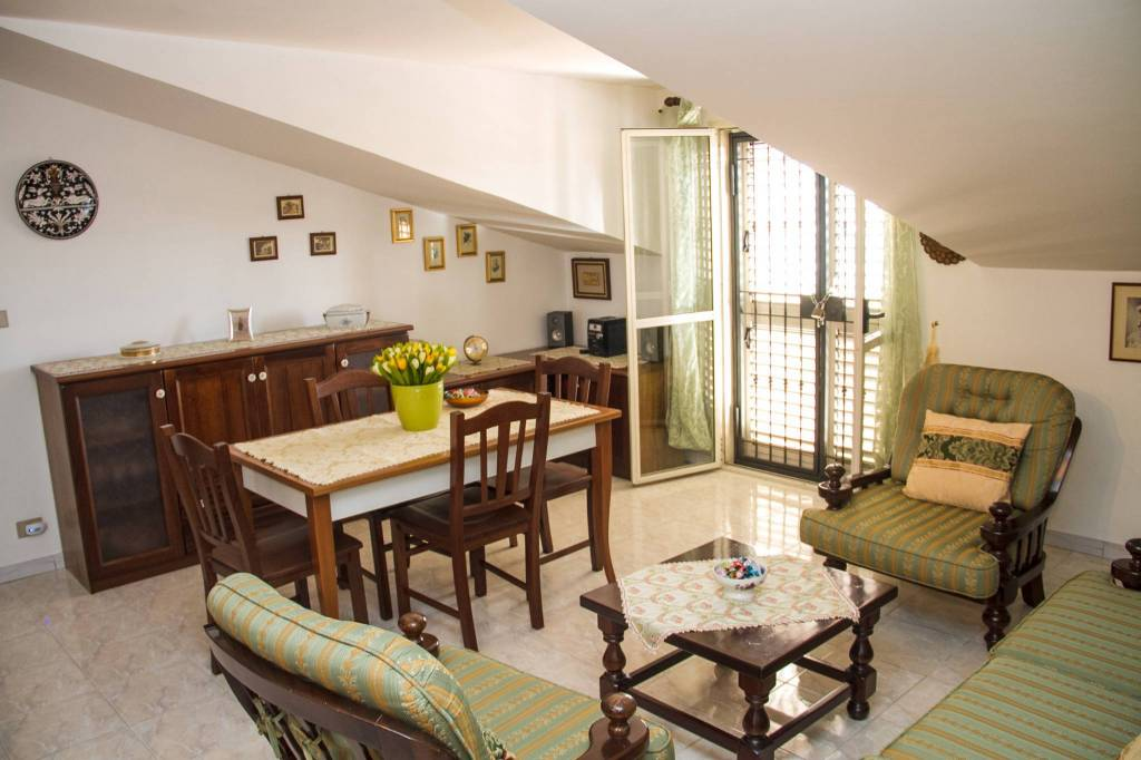 Appartamento mansardato - San Prisco