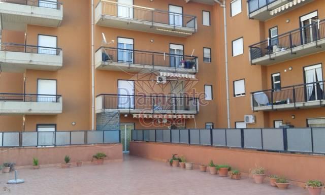 Appartamento in Vendita a Giarre Centro: 5 locali, 145 mq