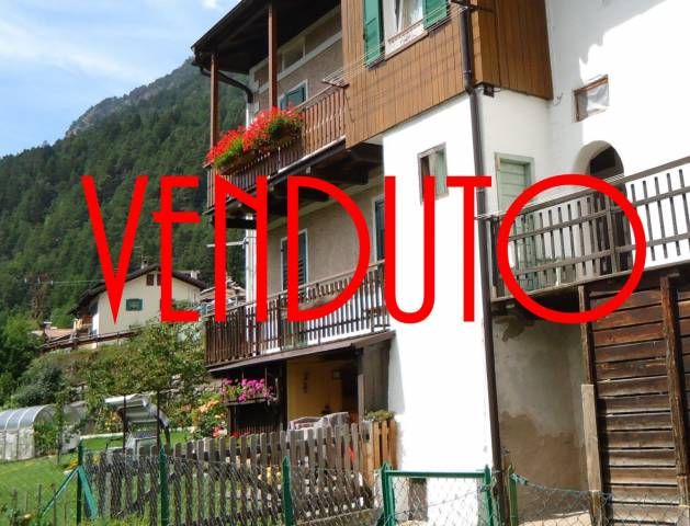 Appartamento parzialmente arredato in vendita Rif. 4403482