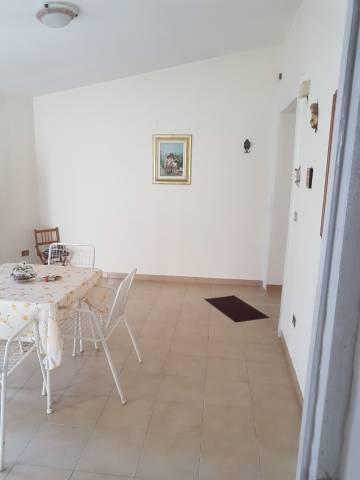 Appartamento in buone condizioni in vendita Rif. 4827710